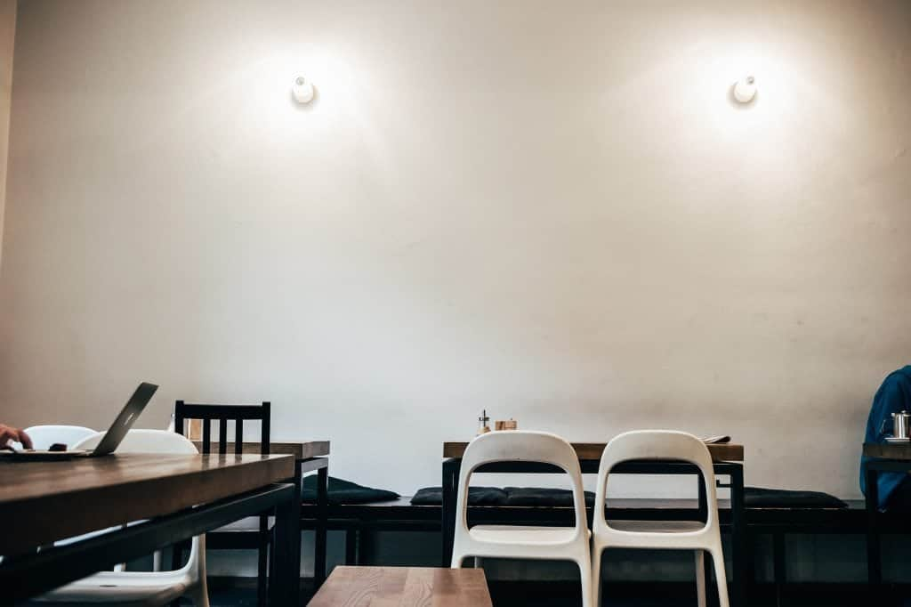 Karma, Krakow, seating