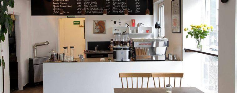 A view of the bar at Mókuska Caffè