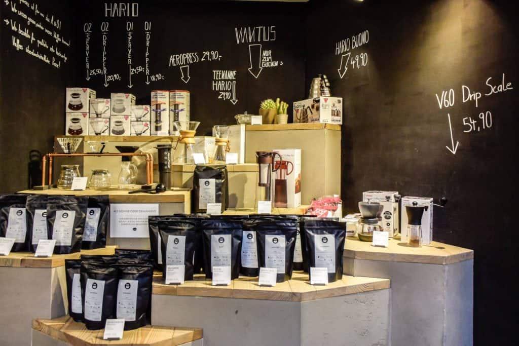 Coffee shelft at Neues Schwarz, Dortmund