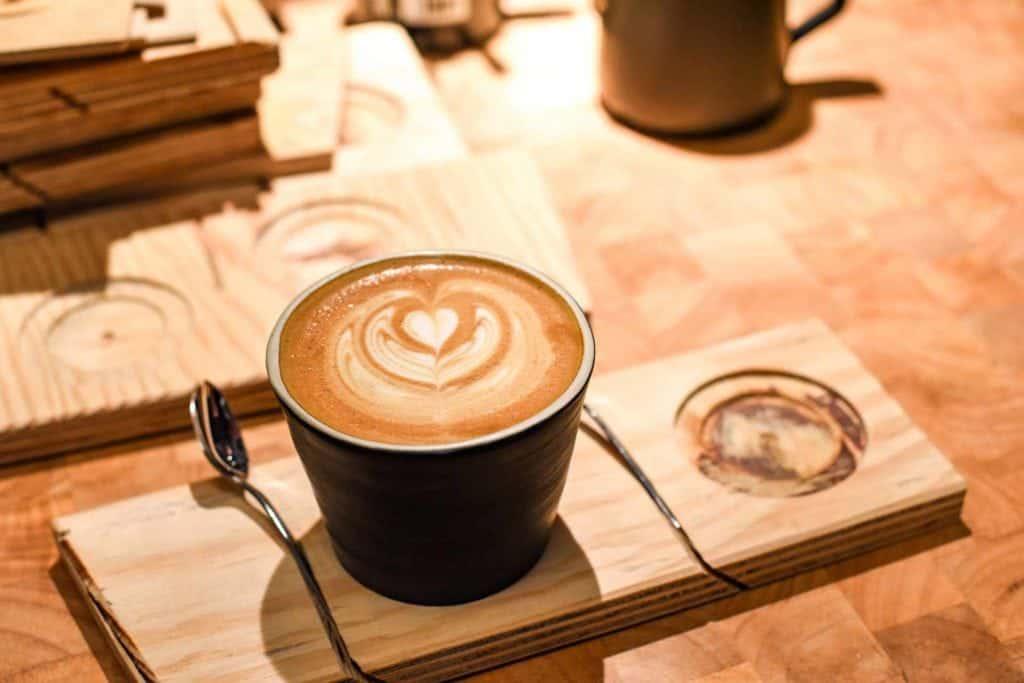 New Cafes Frankfurt, flat white