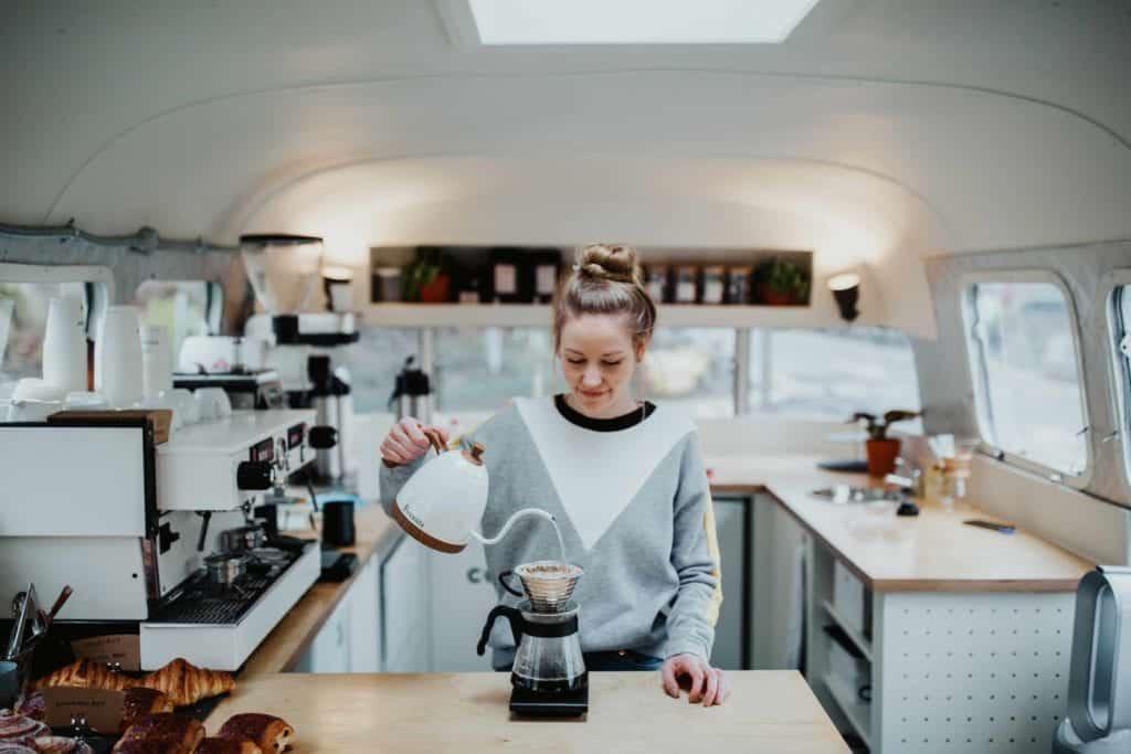 Hannha Bullen, Convoy espresso, Bristol