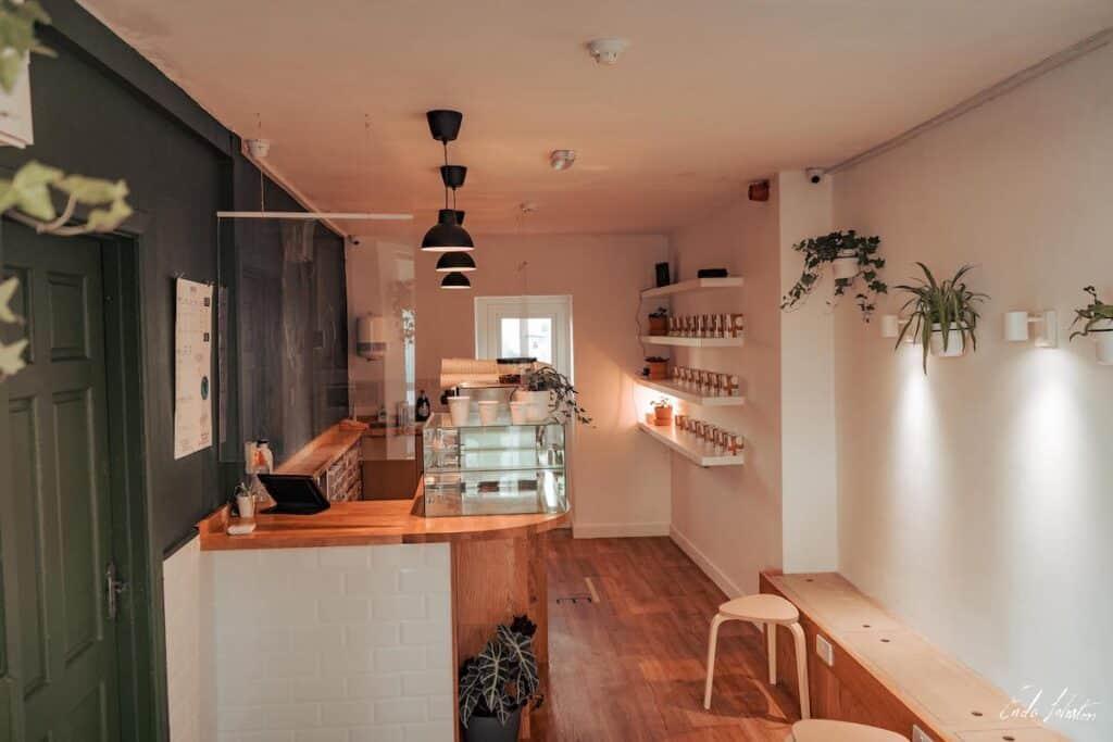 Kali Coffee Bar - interior